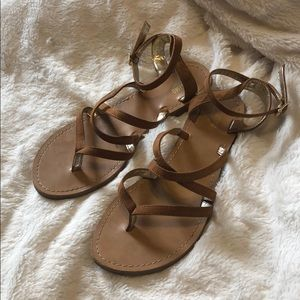 Strappy Cross Over Thong Toe Ankle Strap Sandles